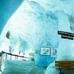The ice pavillion in Saas-Fee