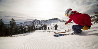 Top Ski Resorts for Thanksgiving: Squaw Valley | Alpine Meadows ©Squaw Valley