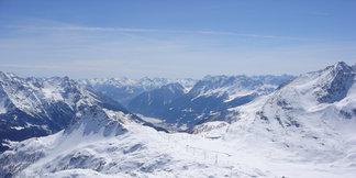Snehové správy: Diavolezza otvára zimnú sezónu, v Rakúsku je zatiaľ málo snehu ©Diavolezza
