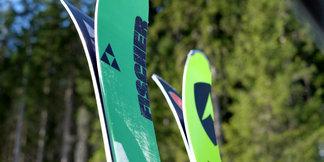Testovali sme All Mountain lyže 2014/2015: Fischer Ranger 88 vs. Dynastar Powertrack 89 ©Skiinfo