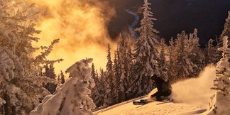 Washington & Oregon Ski Resorts Bust Open in Time for Holidays ©Ingrid Backstrom