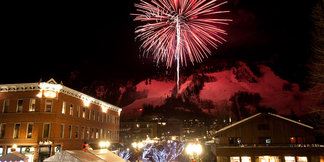 5 Holiday Traditions in Colorado Snow Country ©Aspen / Snowmass