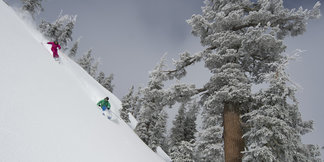 8 Valentine's Destinations: Tahoe Ski Resorts up the Romance ©Hank deVre