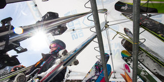 Tips Up: Expert Advice on How to Buy Skis ©Liam Doran
