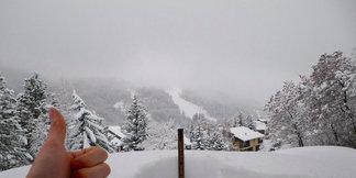 V Alpách sněží! Obrázky ze skiareálů - © Facebook Serre Chevalier
