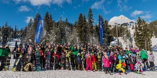 Largest Ski Lesson Could Claim Guiness Record ©Mount Hood Meadows