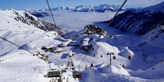 Raport śniegowy: mnóstwo śniegu w południowych Alpach, w Polsce zapowiada się śnieżny weekend - ©Kitzsteinhorn facebook