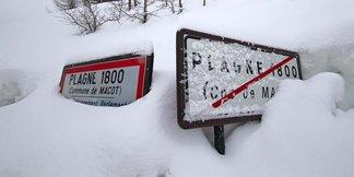 Raport śniegowy: wiosny na razie w Europie nie widać, mnóstwo śniegu w południowych Alpach! ©La Plagne facebook