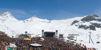 Lyžiarske žúry na začiatku sezóny: Bujaré oslavy v lyžiarskych strediskách na prahu zimy - ©Ischgl
