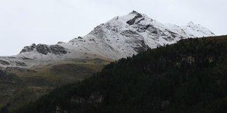Premiers flocons de neige sur les sommets ©Facebook Val d'Isère