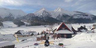 Snehové správy: V Alpách leží až 6 metrov snehu, na Orave takmer 200 cm ©facebook Strachan Ski Centrum