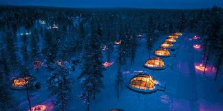 Nocleh na sněhu: Iglú, stany i ledové hotely ©Kakslauttanen