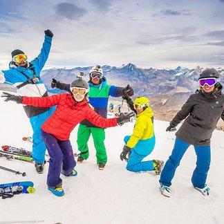 Tignes kicks off the ski season Oct. 1, 2016 - © Andy Parant Photographie