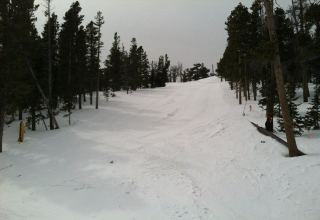 3/20 I went yesterday and what really ruins Eldora for a day is directional wind. Seems like one side always has icy spots because of the wind (if there is no recent snowfall). The frontside blue runs were nice yesterday but mule shoe was icy. It isn't a secret on weekends but weekdays are nice.