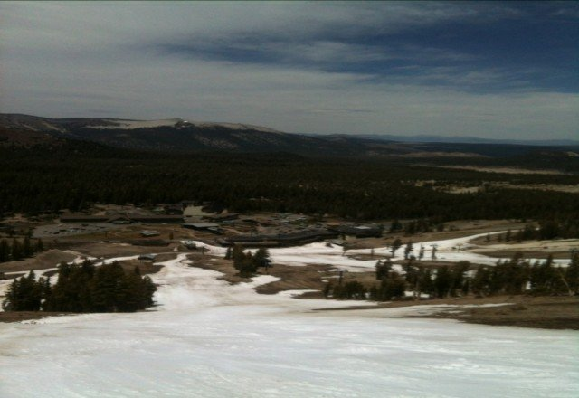 Looking down to Main Lodge from Fascination. For those waiting for Memorial Day.. Broadway is already very sticky it'll be mud by then! Up on chair 23 & Facelift express are still good :)