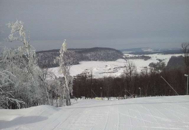 Was there yesterday. Awesome weather. Good snow almost all trails. No lines. Good times!
