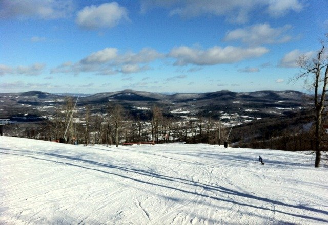 windHAM was pretty good today. a little icy though. rode from 9-1. watch out for those glossy areas in the shade.