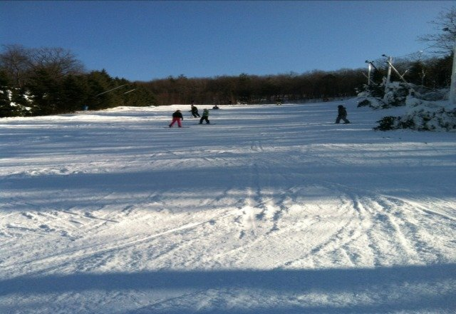 great snow today not crowded  at noonish