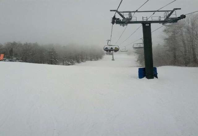 amazing day. wind-blown top lower 3/4 was perfect. NO CROWD. where did everyone go?!?