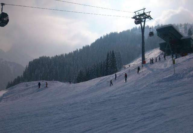 klasse verh?ltnisse! talabfahrt super pr?pariert, diaboloabfahrt ist super befahrbar, wir hatten zwei super skitage!