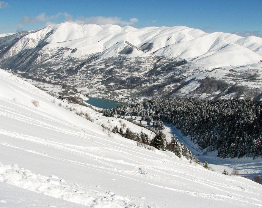 Vue sur la vallées depuis le domaine skiable de Val Louron