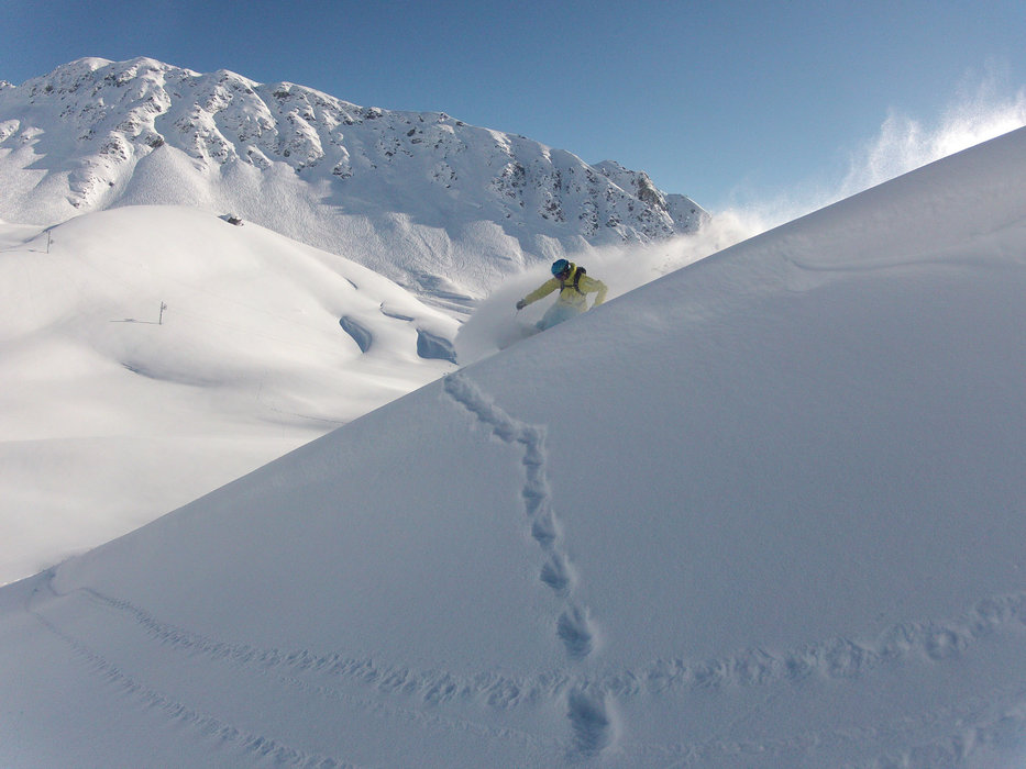 Powder in Chandolin - © Hoefer Sport und Reisen