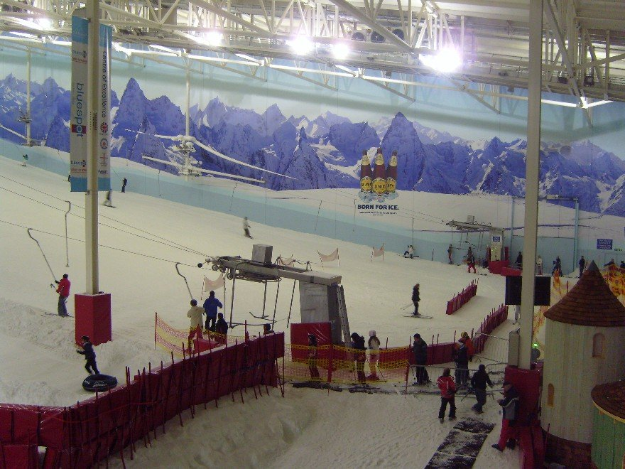 Chill Factore indoor ski centre, UK - © Chill Factore