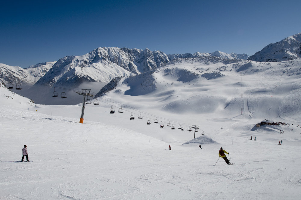 Ski sur le domaine de l'Alpe du Grand Serre - © Christophe STAGNETTO