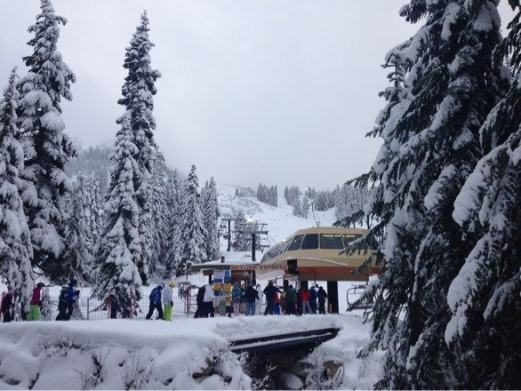 Morning was really good, soft top layered powder, towards afternoon got a little more icey.  Overall good time today
