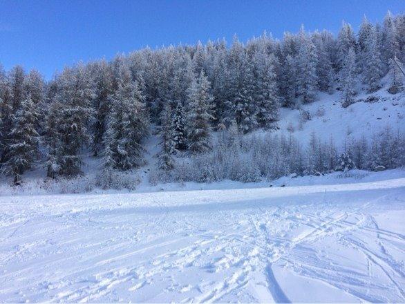 Belle journée mais la qualité et la quantité de neige est vraiment limite.