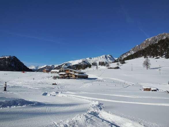 """Neve ottima, ben battuta e farinosa. Più che consigliato!  (In foto: pista """"Coche"""" - fine tracciato - loc. La Coche)"""