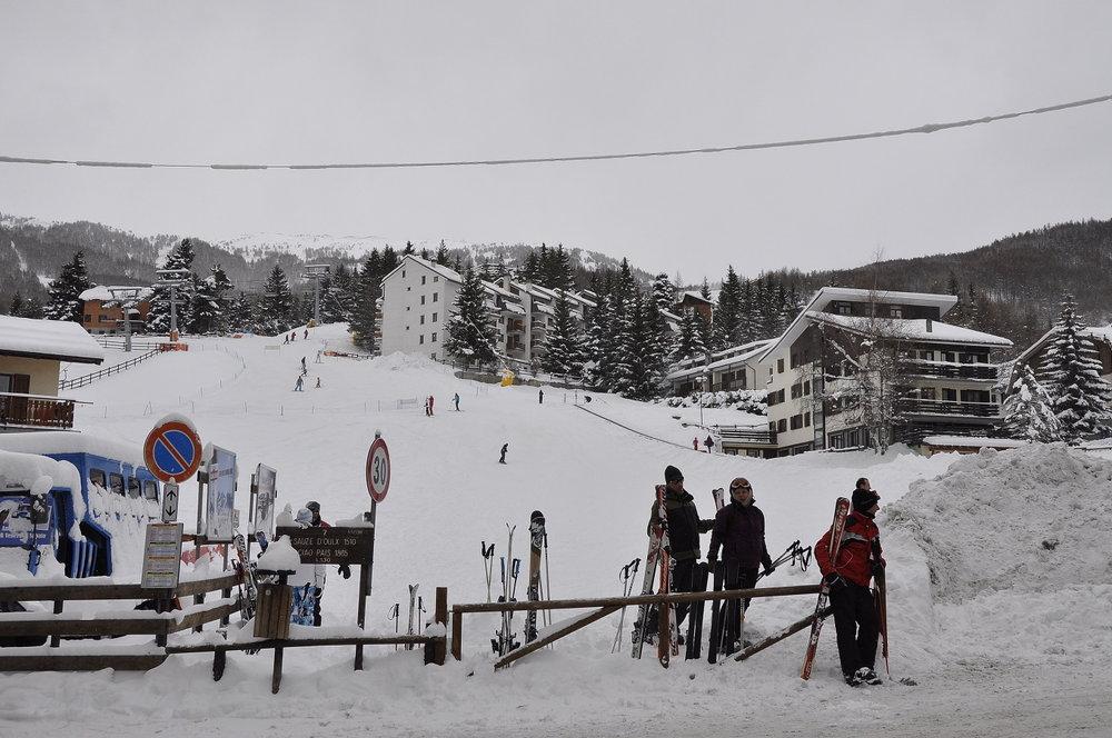 Lower slopes in Sauze d'Oulx, Milky Way ski area in Italy - © Vialattea