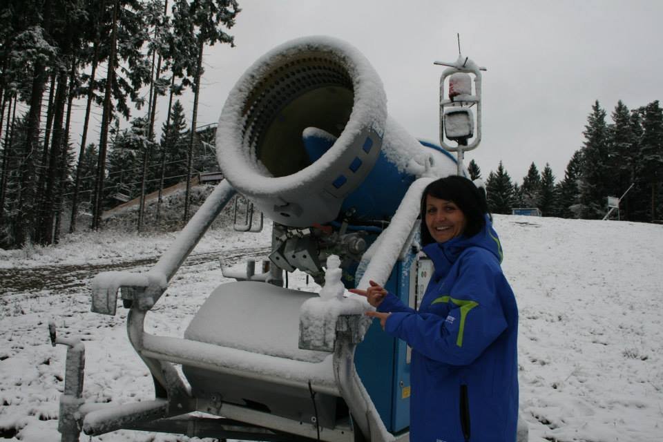 Snowman in Ski resort Lipno, 11.11.2013 - © Skiareál Lipno Facebook