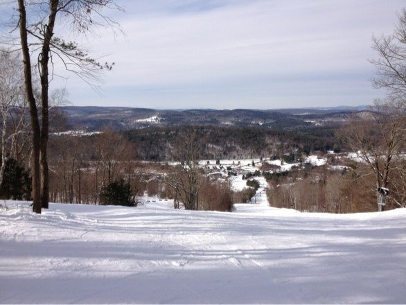 Was there yesterday...great conditions and short lift lines....had a blast!
