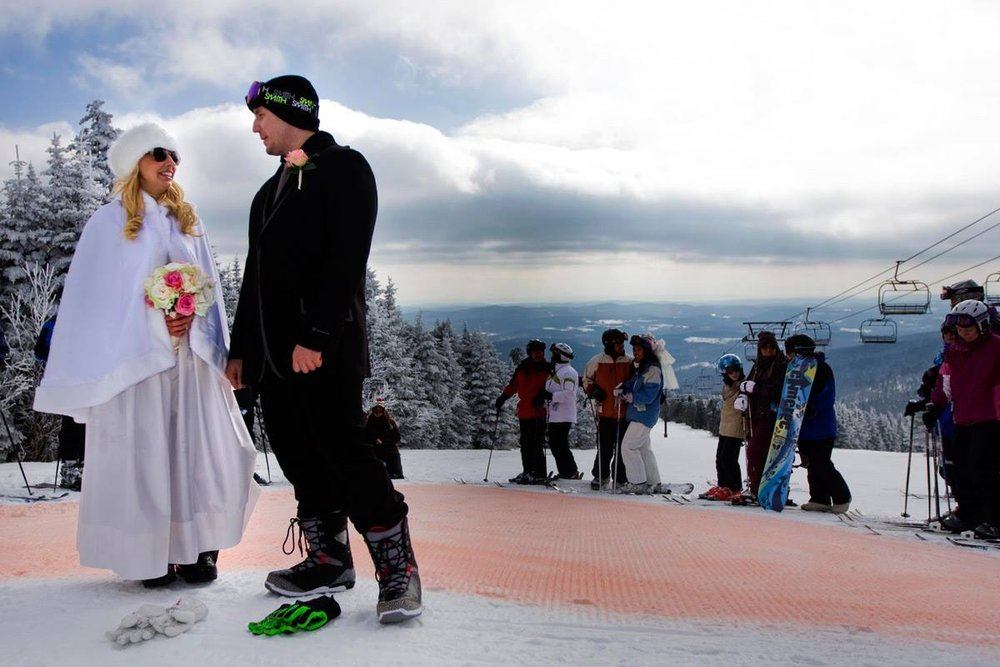 Make your love official on Valentine's Day with Cloud Nine Nuptials at Mount Snow. - © Mount Snow