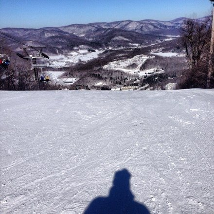 Fresh corduroy runs from 8:30 to around 10am. Bluebird skies. Wild Turkey, Jericho, Whitetail, top 3 runs all day.