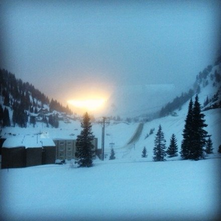 Great sunset from yesterday and lots of POWDER Siked for the rest of the week