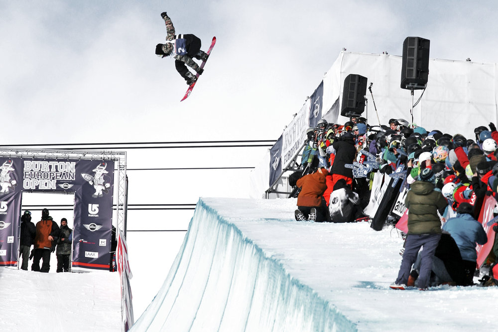 Markus Keller mit einem Alley Oop Backside 5 im Halfpipe Final der Burton European Open 2014 - © Stefan Drexl