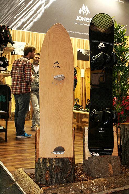 Jonas Powder Surfer 139cm - © Stefan Drexl