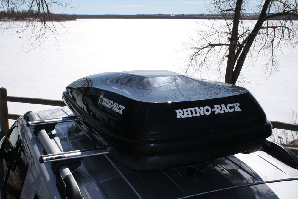 The Rhino-Rack RMFZ85 offers a cost-effective, high-quality cargo box for your next ski trip.  - © Rhino-Rack