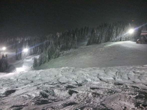 Tonight the skiing was awesome! There is more snow expected tomorrow. Welcome back winter :)