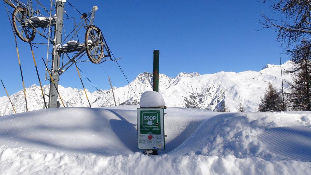 Bientôt 2 mètres de neige au sommet du téléski de la Croix du Louret à Serre-Eyraud - © Stéphane GG