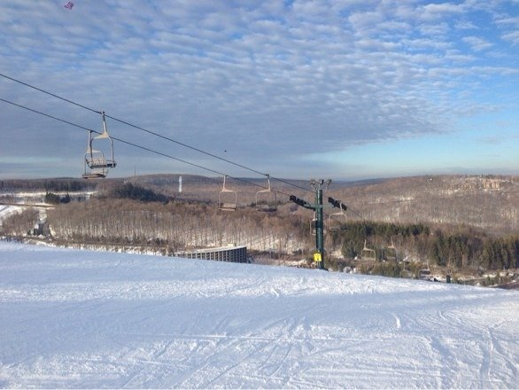 Good conditions overall. Even Goosebumps with little ice. Fresh powder still to be found in areas.