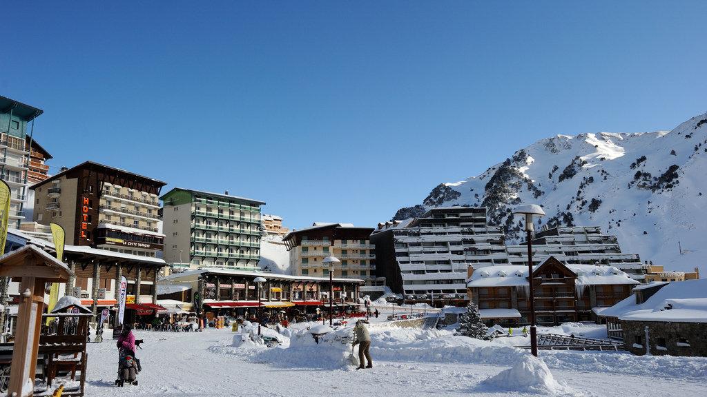 Au coeur de la station de ski de la Mongie - © Grand-Tourmalet
