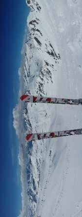 venerdi giornata strepitosa in quota neve durissima fin o a tarda giornata. alla partenza neve primaverile