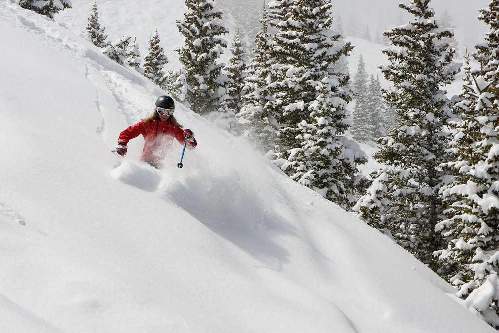 Getting deep in Hanging Valley on Snowmass Mountain. - © Jeremy Swanson