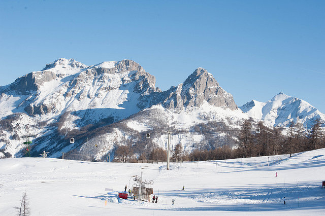 Plenty of space to ski in Pra Loup, France - © Alpes de Haute Provence