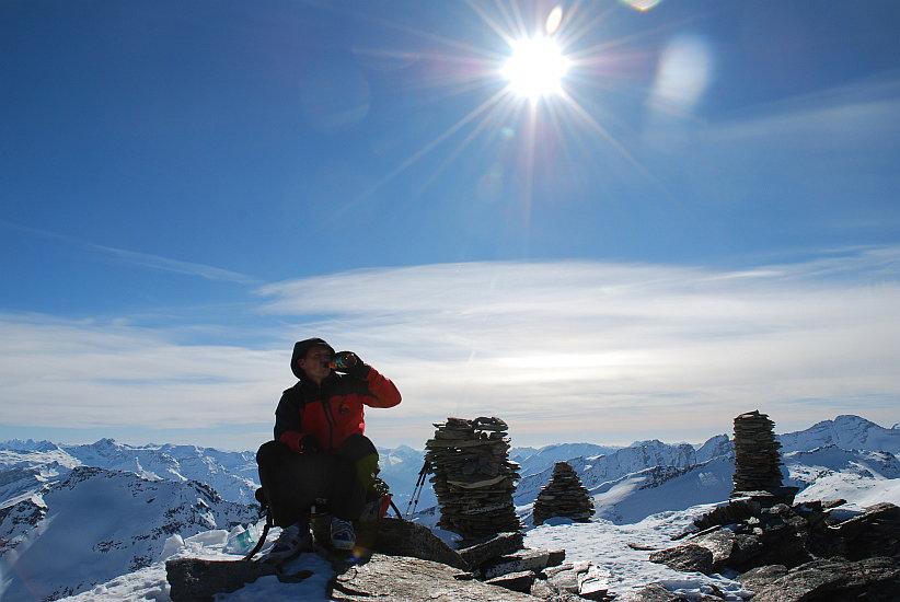 Gipfelrast am Fanellhorn - © Gerhard Dreher