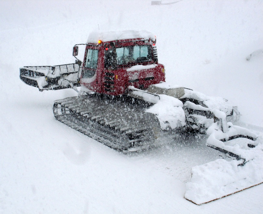 A snowcat at Dodge Ridge, CA, taken 12/15/2008.
