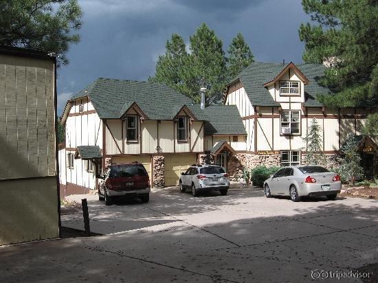 Arizona Mountain Inn